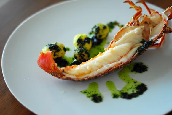 Recetas de langosta: Langosta a la salsa al pesto de borraja