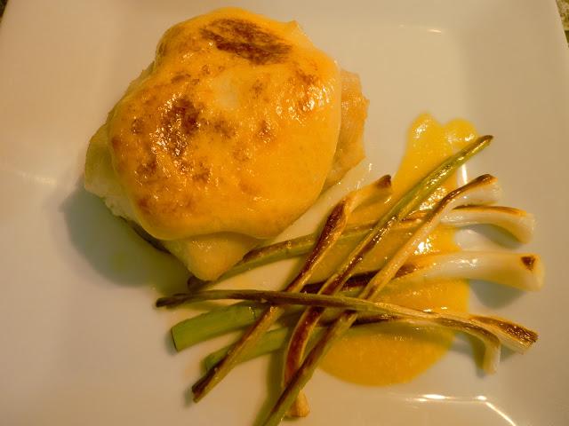 Recetas de bacalao: Bacalao con mayonesa de ajos confitados