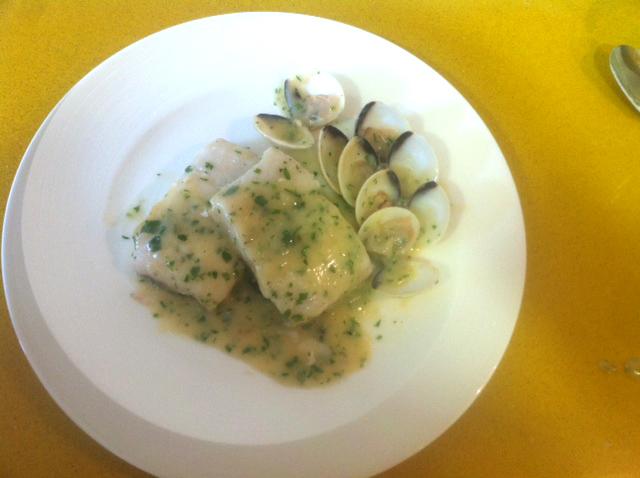 Recetas de merluza, recetas con almejas: Merluza en salsa de almejas