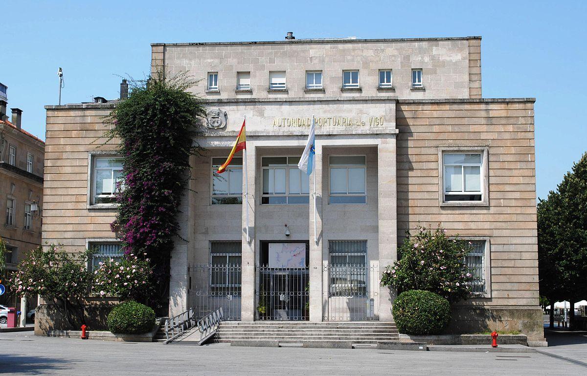 El primer curso de formación para inspectores pesqueros se celebra en el Puerto de Vigo.