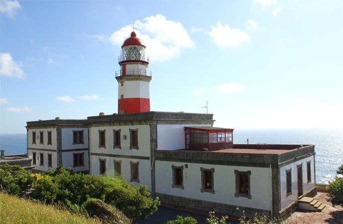 El proyecto para transformar el faro de Cabo Silleiro en un hotel sale a concurso