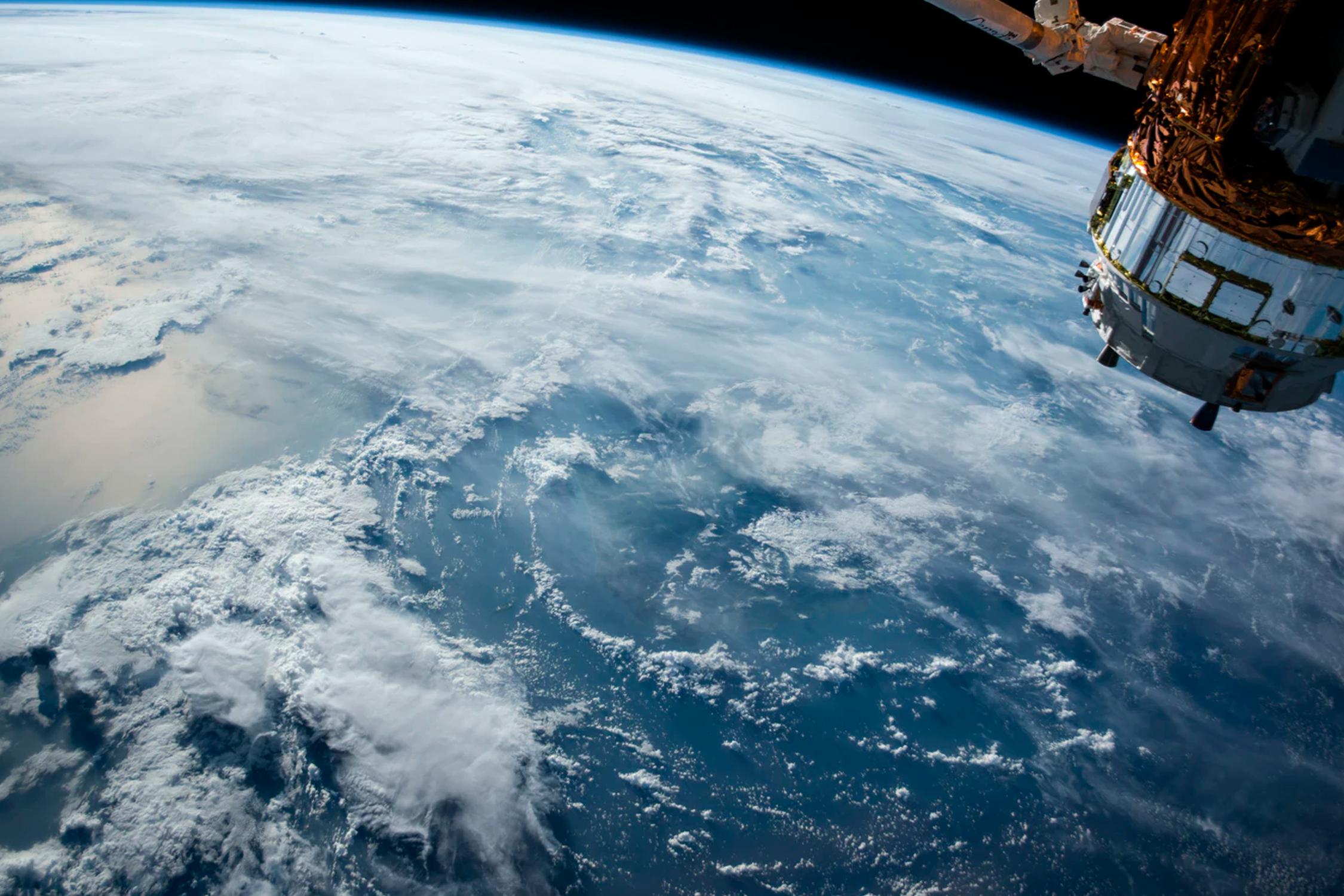 El Puerto coopera con la Agencia Espacial Europea en la búsqueda de residuos marinos