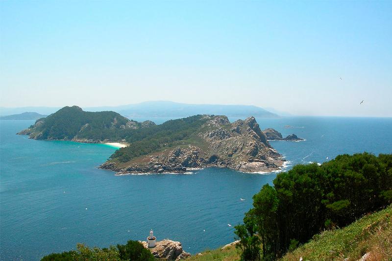 Las Islas Cíes vuelven a enamorar a los gallegos